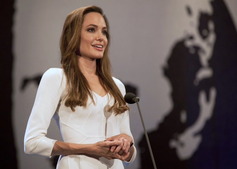 Image: Angelina Jolie presents Nansen prize at UN ceremony in Geneva