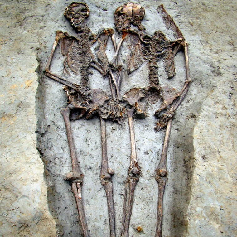 Two skeletons found in central-northern Italy reveal the couple was buried holding hands some 1,500 years ago.