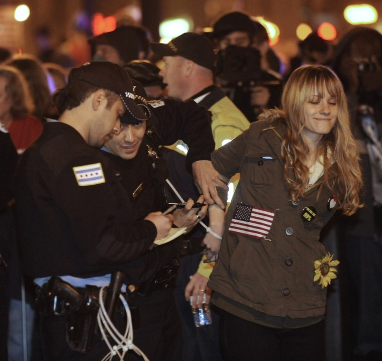 Image: Occupy Chicago protester is arrested