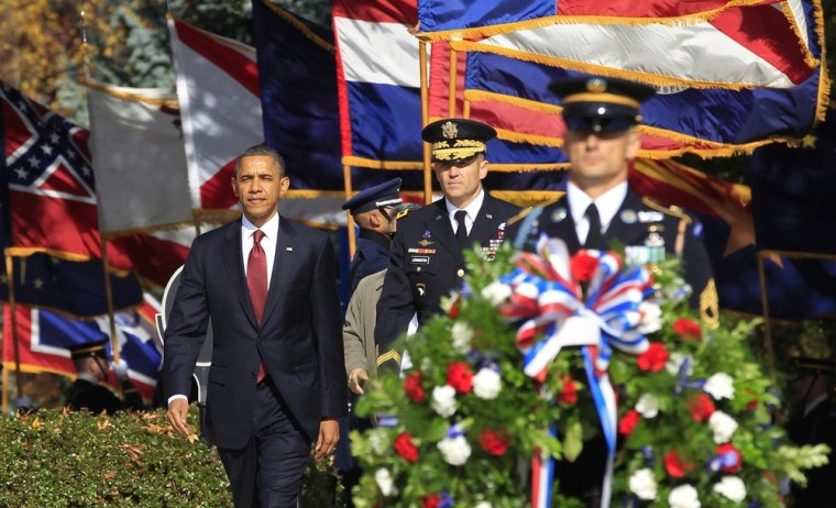 Image: Obama visits Arlington National Cemetery on Veterans Day