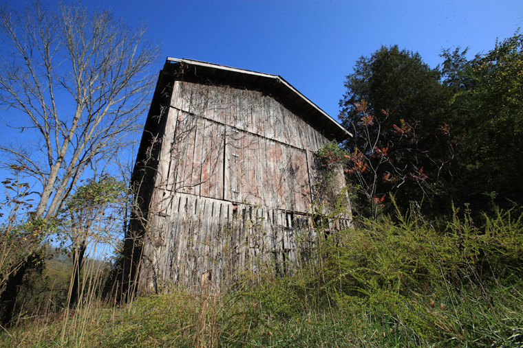 Image: A barn used as a shell for fraud