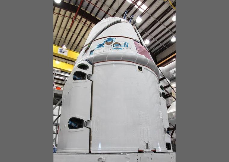 Image: Dragon spacecraft