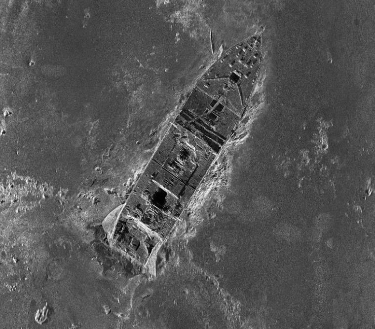 Image: Titanic sonar map