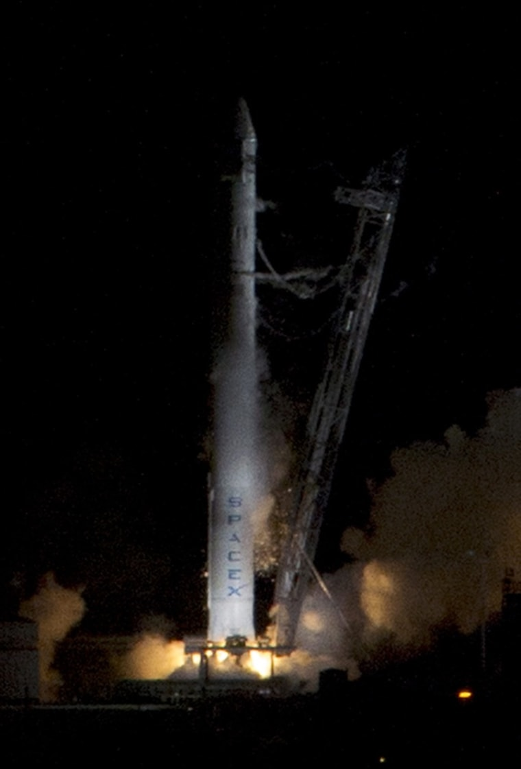 Image: SpaceX NASA launch aborted