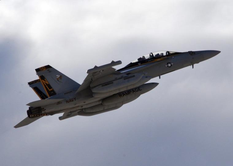 Image: EA-18G Growler stops in Crete