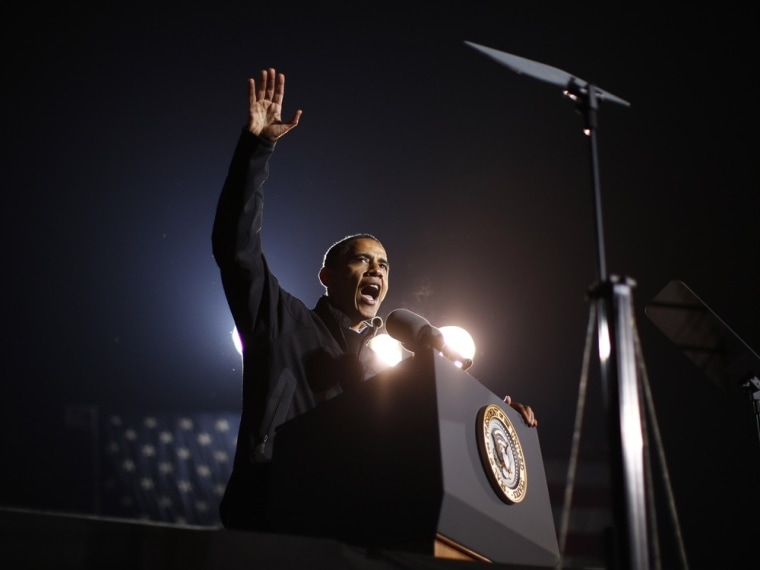 Image: U.S. President Barack Obama speaks at his final presidential campaign rally in Des Moines, Iowa
