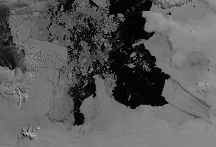 Pine Island Glacier (right) and Thwaites Glacier (middle) in December 2012, as seen by the MODIS instrument on NASA's Terra satellite.