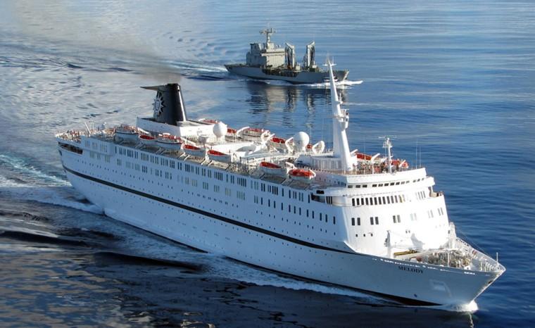 Image: Spanish Numancia frigate escorting the Italian cruise ship Melody  250 miles off the Seychelles Islands.