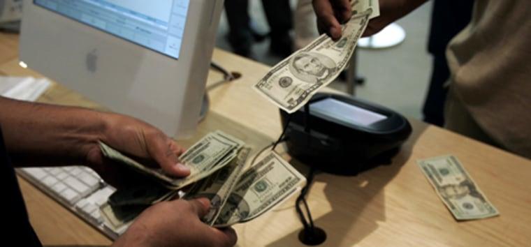 Image: Paying cash