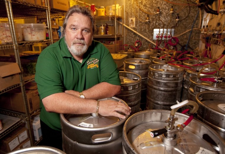 Image: Image: Jerry Watson, owner of Stadium View Bar in Green Bay