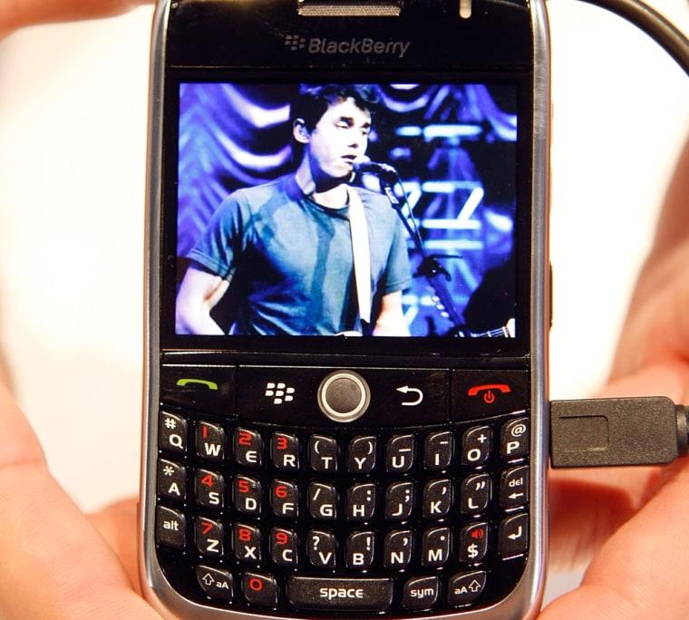 Image: BlackBerry Curve 8900