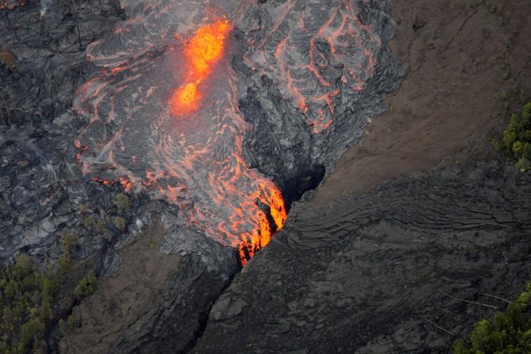 Image: Lava flows on the Pu'u O'o crater on Kilauea Volcano on Sunday, March 6