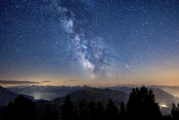 Image: Starry night
