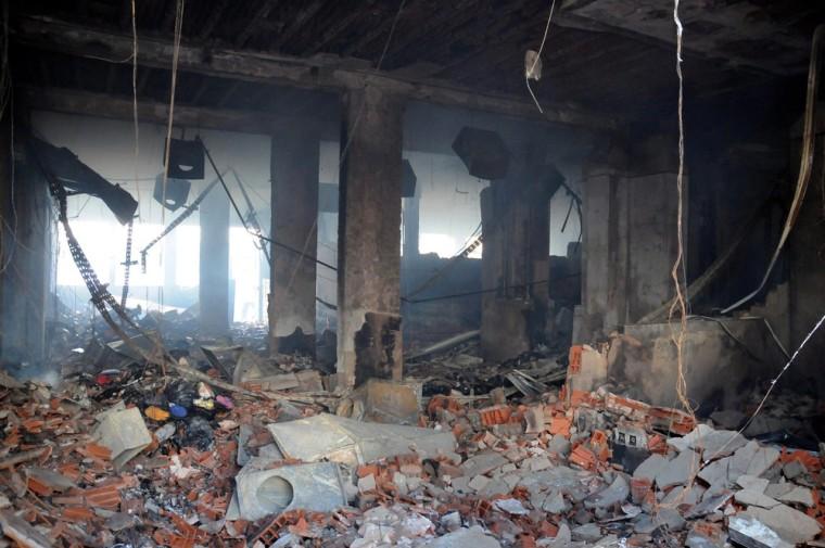 Image: American school ransacked in Tunis