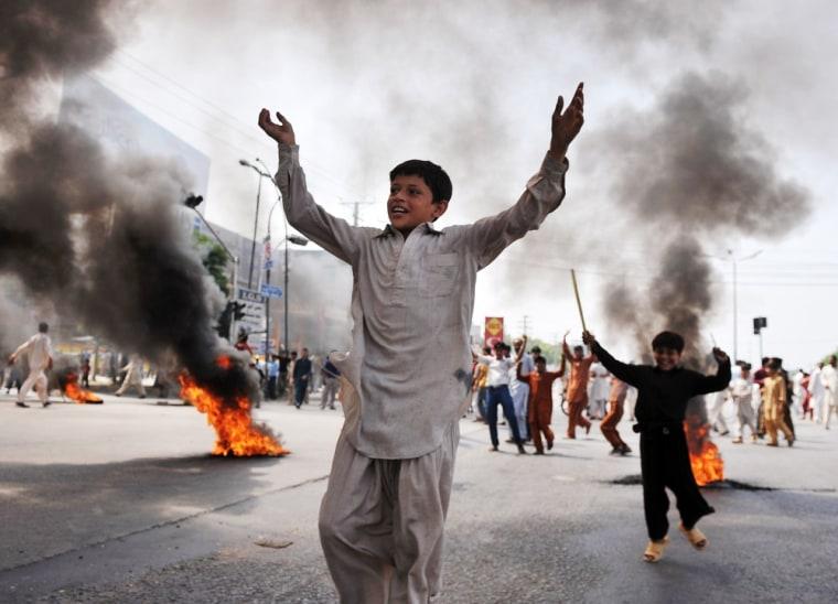 Image: TOPSHOTS-PAKISTAN-ISLAM-UNREST-FILM-US
