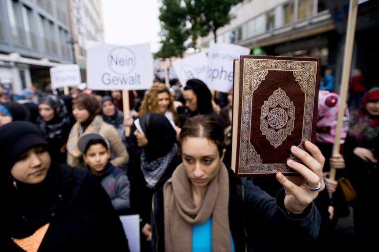 Image: Demonstration against Islam video in Muenster
