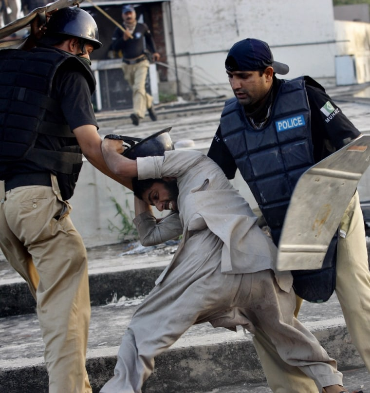 Image: PAKISTAN-ISLAM-UNREST-FILM-US-PROTEST