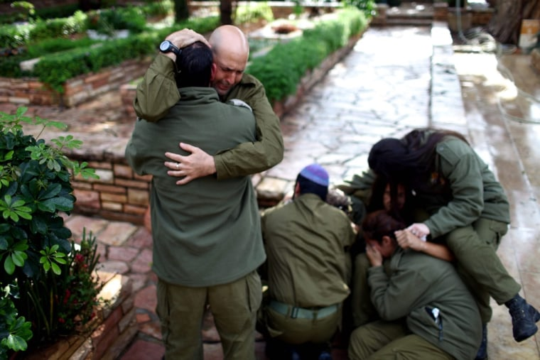 Image: Funeral of Israeli reserve soldier