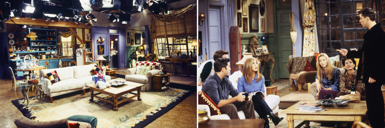 "FRIENDS -- ""The One with the Dirty Girl"" Episode 6-- Pictured: (l-r) David Schwimmer as Ross Geller, Jennifer Aniston as Rachel Greene, Lisa Kudrow as Phoebe Buffay, Courteney Cox as Monica Geller, Matt LeBlanc as Joey Tribbiani -- Photo by: Gary Null/NBCU Photo Bank"