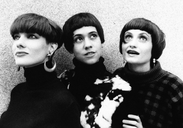 Models show off new hair styles that are in fashion in New York on Oct. 30, 1985. The styles offer a sleek short look that hugs the head the way the designer clothes hug the body. The styles have motion and fullness because they are bobbed and razored bluntly. (AP Photo/Ed Bailey)