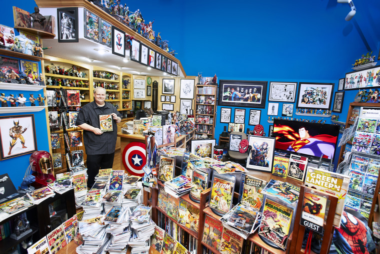 Bob Brettall - Largest Collection Of Comic Books  The largest collection of comic books includes 94,268 unique items and is owned by Bob Bretall of Mission Viejo, California.