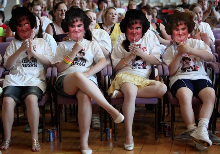 Image: Friends Gather To Watch Susan Boyle In the Final Of 'Britain's Got Talent'