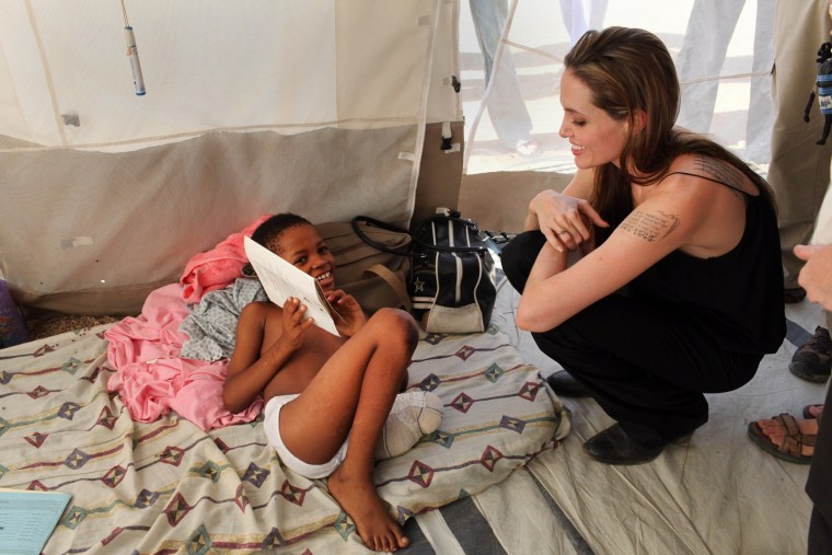 Image: Haiti Wrestles With Basic Needs As Recovery From Deadly Earthquake Begins
