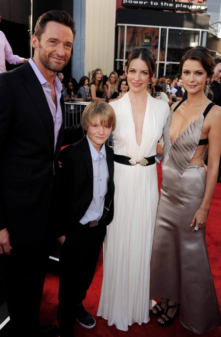 "Image: Premiere of DreamWorks Pictures' ""Real Steel"" - Red Carpet"