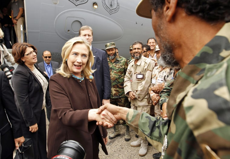 Image:Sec. of State Hillary Clinton arrives in Libya
