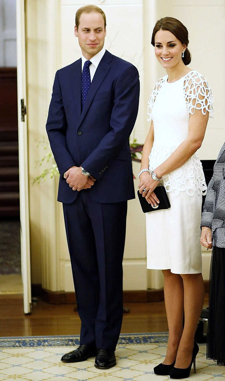 Image: Britain's Prince William and Catherine, Duchess of Cambridge, attend a reception at Government House in Canberra