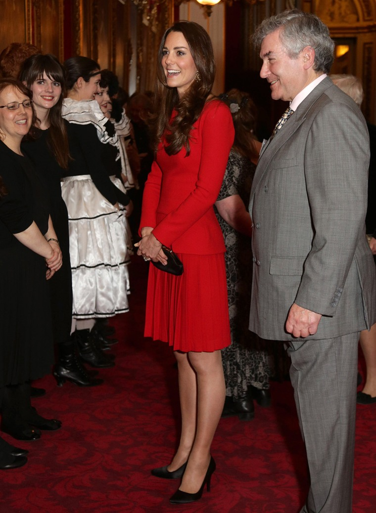 Image: Queen Elizabeth II Hosts Dramatic Arts Reception At Buckingham Palace