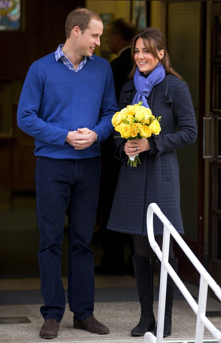 Image: Duchess Of Cambridge Leaves The King Edward VII Hospital