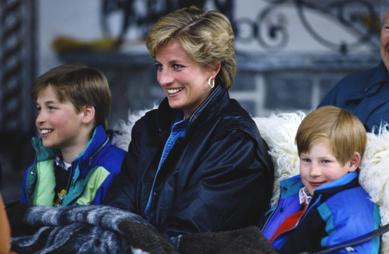 30 Mar 1993Princess Diana (1961 - 1997) with her sons Prince William (left) and Prince Harry on a skiing holiday in Lech, Austria, 30th March 1993. (Photo by Jayne Fincher/Princess Diana Archive/Getty Images)