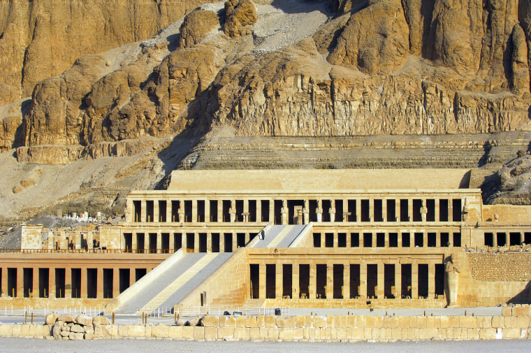 hatshepsuts relations with egyptian nobles essay Ancient egypt for almost 30 centuries—from its unification around 3100 bc to its conquest by alexander the great in 332 bc—ancient egypt was the preeminent civilization in the.