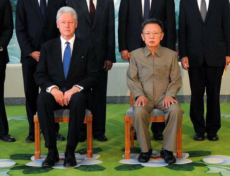 Image: Bill Clinton and Kim Jong Il