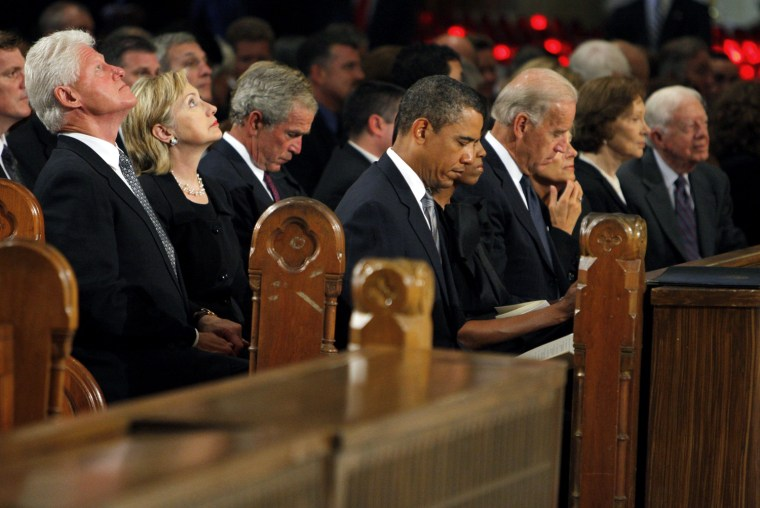 Image: Bill Clinton,  Hillary Clinton, George W. Bush,  Barack Obama,   Joe Biden, Rosalynn Carter, Jimmy Carter