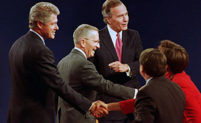 Michigan: U.S. presidential candidates Bill Clinto