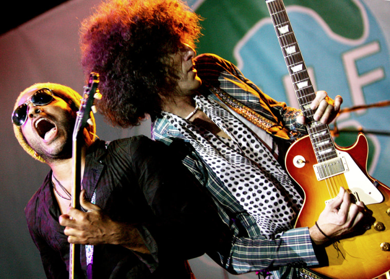 Image: Lenny Kravitz performs during the Gulf Aid benefit concert at Mardi Gras World in New Orleans, Louisiana