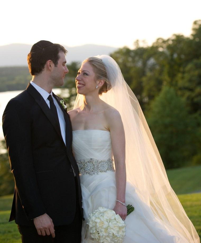 Image: Chelsea Clinton Marries Marc Mezvinsky In Rhinebeck, New York