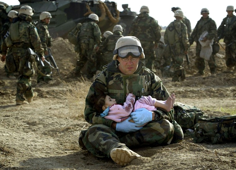 Iconic images from the war in Iraq