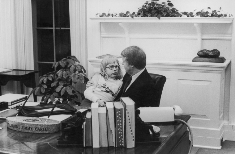 Image: President Carter & Daughter In Oval Office