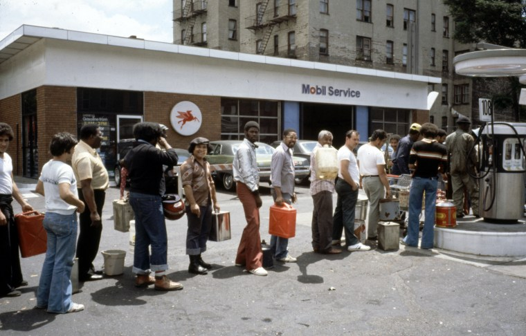 Image: People in line for gas.