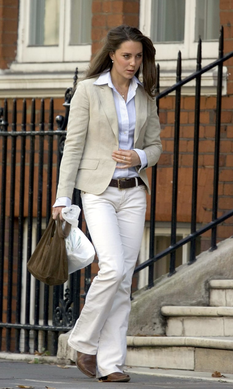 KATE MIDDLETON OUT AND ABOUT IN LONDON, BRITAIN - SEP 2005
