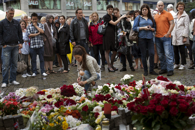 Image: People mourn in Oslo for shooting victims