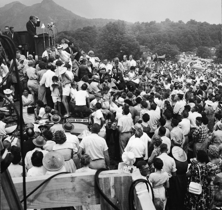 Image: Billy Graham Preaches On Grandfather Mountain