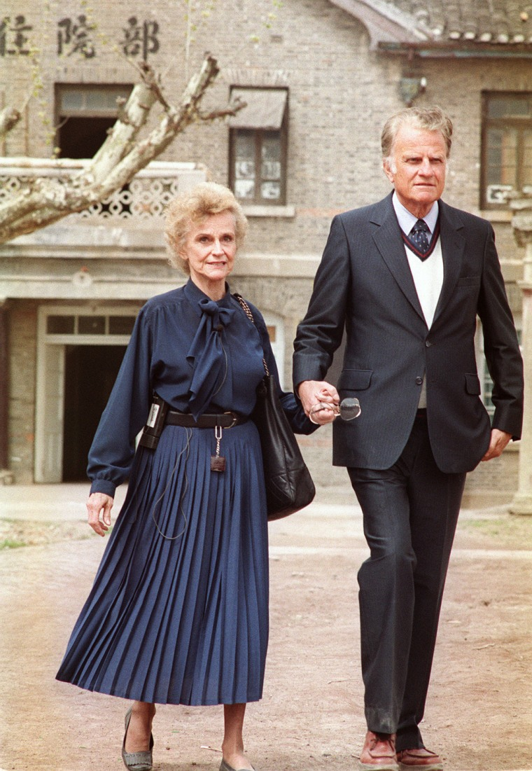 Image: Billy Graham (R), the American evangelist and his