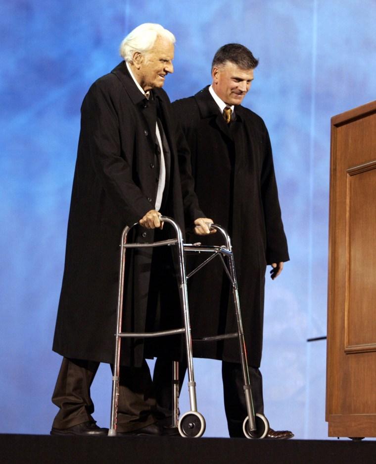 Image: Billy Graham Speaks In Kansas City