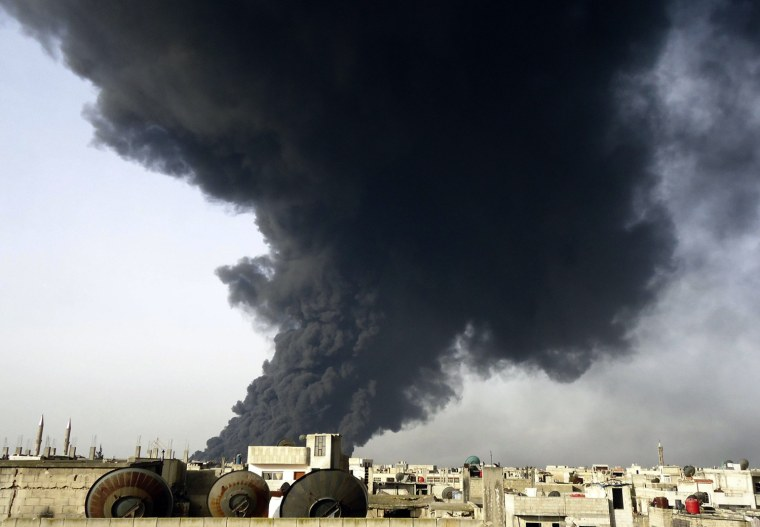 Image: Black smoke in syria