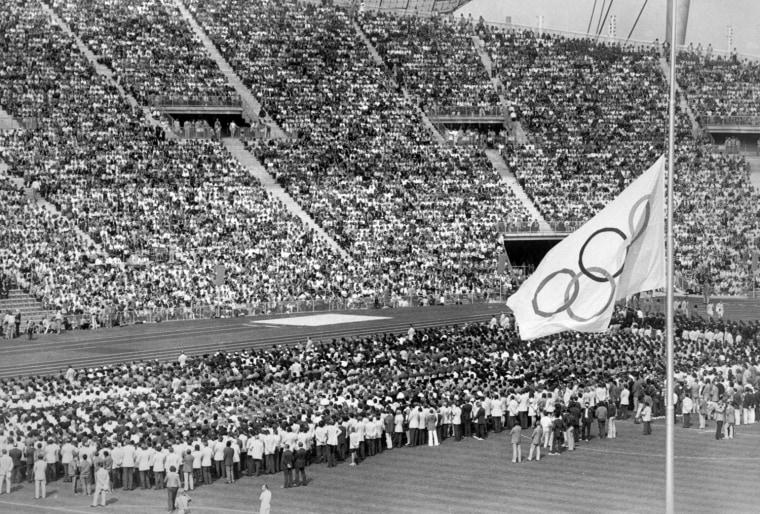 CEREMONIE FUNEBRE DANS LE STADE OLYMPIQUE DE MUNICH 1972