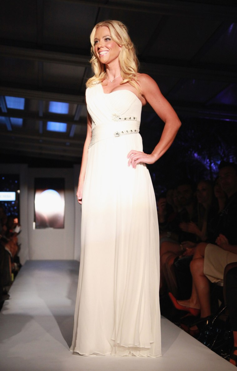 "Image: ""Real Fashion, Real Women"" Runway Show Benefiting Bottomless Closet"